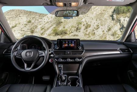 Honda Accord 2018 3