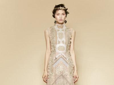 YolanCris se apunta a la tendencia boho en su última colección 'prêt-à-couture'