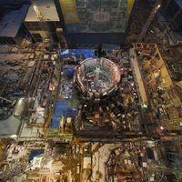 La planta de fusión nuclear con un reactor más caliente que el sol llegó a la mitad de su construcción
