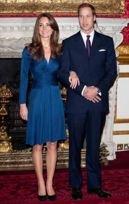 El vestido de pedida de Kate Middleton de nuevo puede ser tuyo en una versión más económica