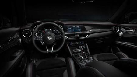 Alfa Romeo Stelvio Veloce Ti 2021 23