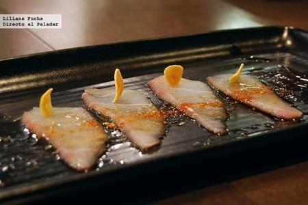 Sashimi con ajo picante