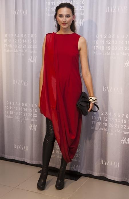Los más privilegiados ya lucen la colección de Martin Margiela para H&M en la fiesta de preventa organizada por Harper's Bazaar