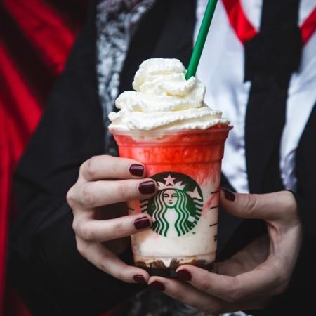 Frappula Frappuccino, la bebida más terrorificamente deliciosa de Starbucks para este Halloween 2015