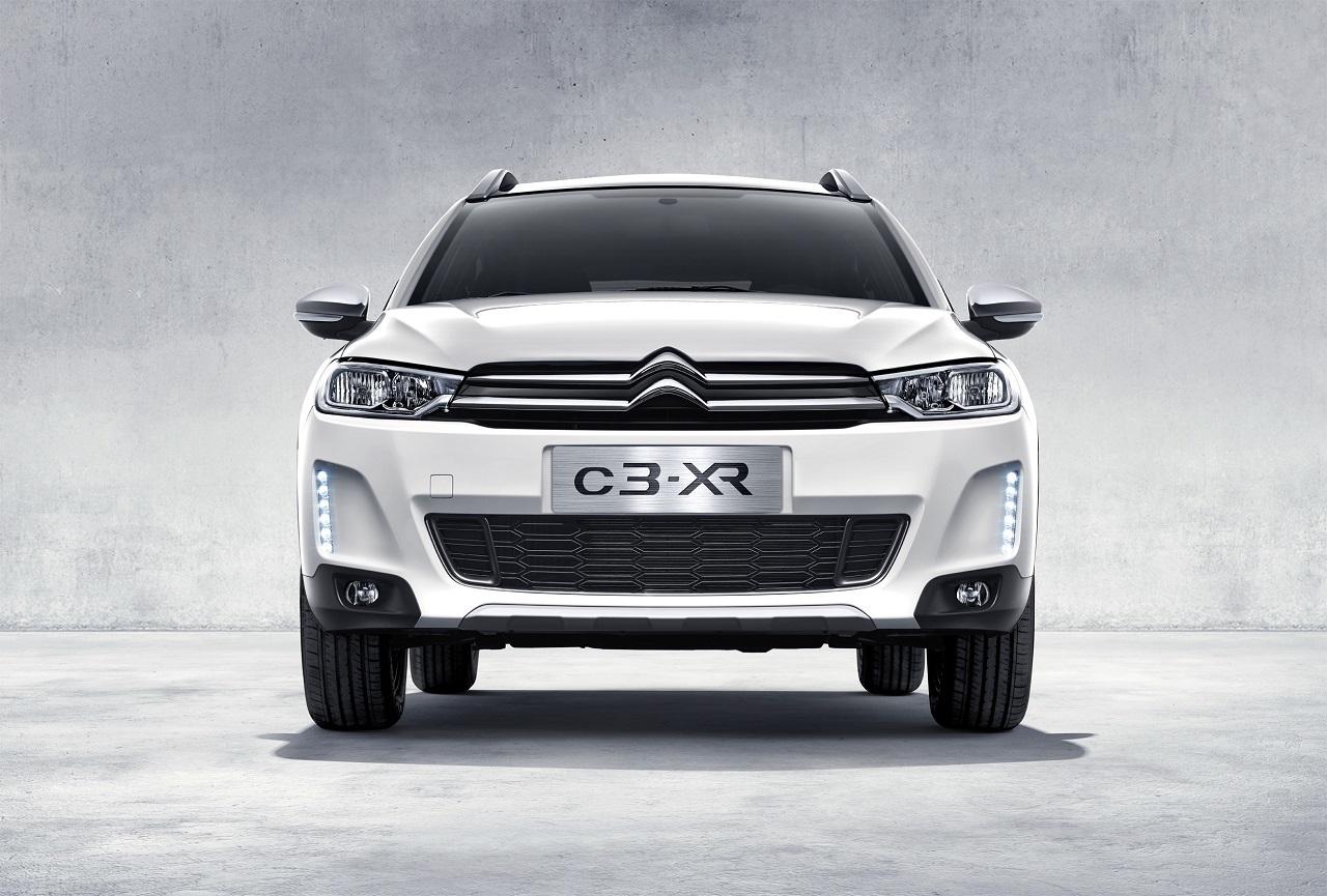 Foto de Citroën C3-XR (1/8)