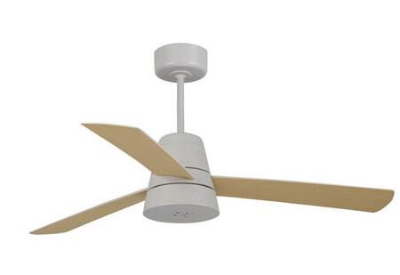 Este ventilador de techo de SÛLION cuenta con un nebulizador incorporado para mejorar la temperatura en casa