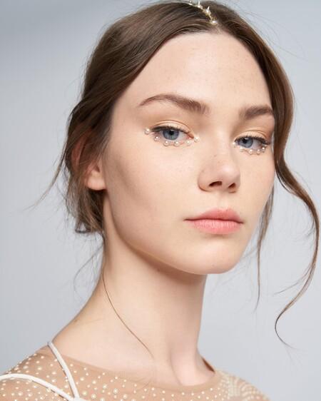 Vika Dior Beauty0949 Min