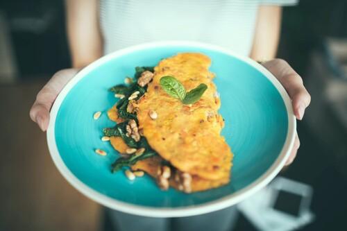 Vuelta a la dieta keto después del verano: todas las claves para retomarla con éxito (y 17 recetas ricas en proteínas para ayudarnos)