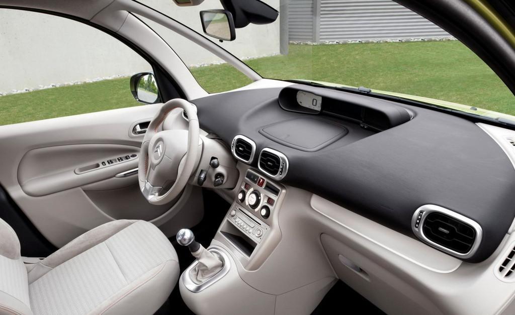 Foto de Citroën C3 Picasso (16/18)
