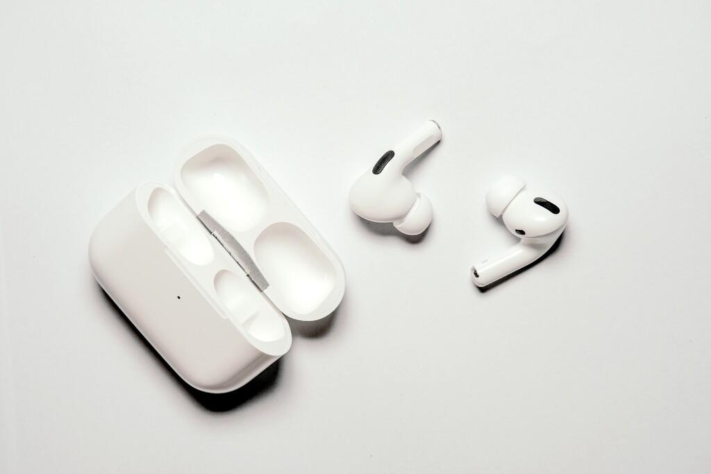 Los futuros AirPods nos avisarán si detectan que su posición en nuestra oreja no es óptima, según una nueva patente
