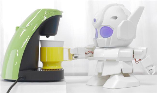 Rapiro, un pequeño robot con Raspberry Pi que te sirve el café