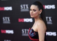Y tras el corte, Mila Kunis se lanza a las extensiones