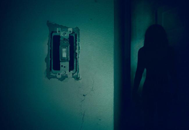 Cartel Pelicula Nunca Apagues La Luz