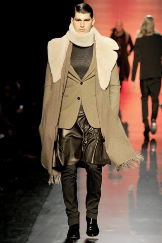 Foto de Jean Paul Gaultier Otoño-Invierno 2011/2012 en la Semana de la Moda de Paris (18/40)