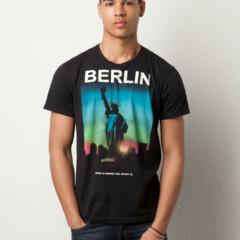 Foto 10 de 13 de la galería atentos-a-las-camisetas-de-estilo-souvenir en Trendencias Hombre