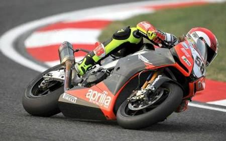 Análisis del fin de semana de Marco Simoncelli en Superbikes