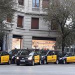Detenidos dos taxistas por el ataque durante la huelga a un coche de VTC, y se prevén más detenciones