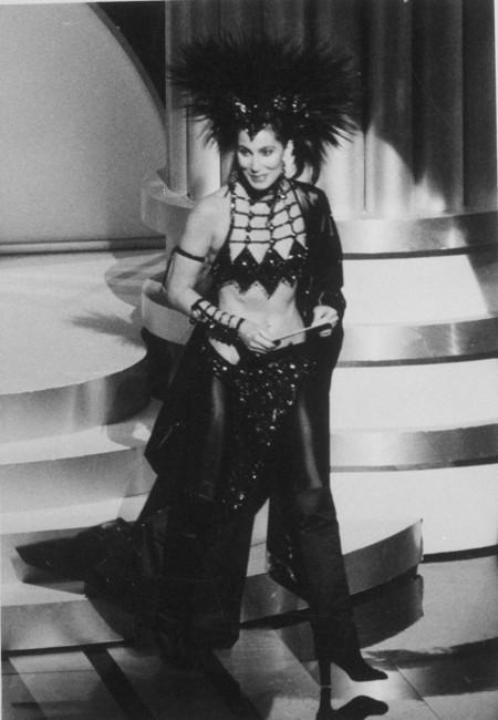 Cher Bob Mackie Oscar1986