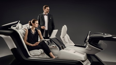 Volvo presume su Lounge Console en el S90 Excellence