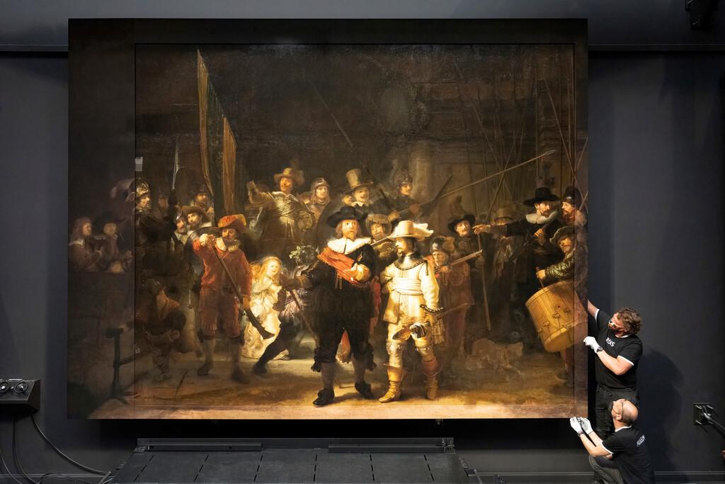 A este cuadro de Rembrant le cortaron los bordes en 1715 para que cupiera en un ayuntamiento: ahora los han reconstruido con IA