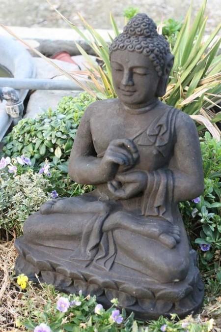 Esculturas de jard n asequibles y diferentes - Esculturas para jardines ...