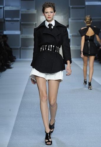 Karl Lagerfeld, Primavera-Verano 2010 en la Semana de la Moda de París V