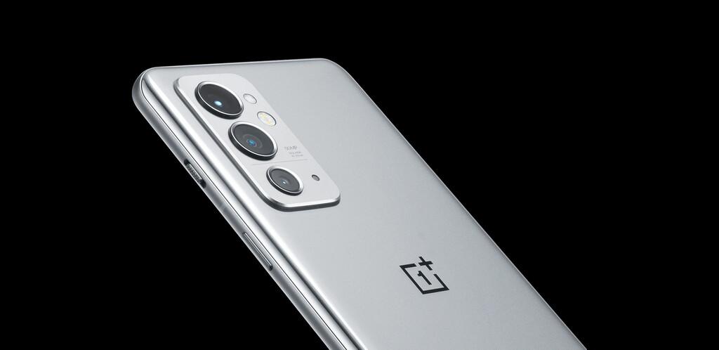 El OnePlus 9RT será presentado la semana que viene: nuevas imágenes nos adelantan su atractivo diseño