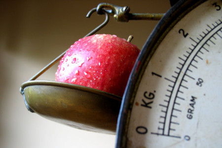 ¿Más alimentos saludables o menos comida basura?