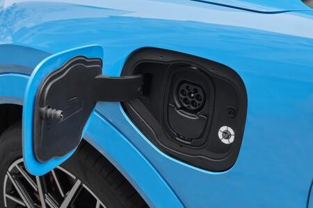 Ford Mustang Mach E Cargador