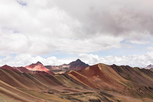 1200px Cusco Rainbow Mountain