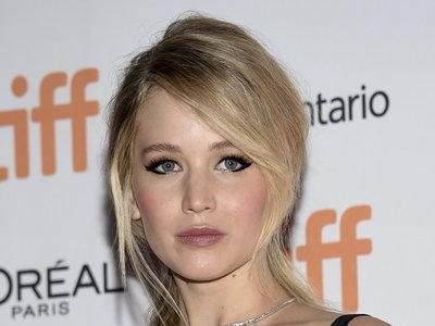 Jennifer Lawrence presume de recogido en el Festival de Toronto