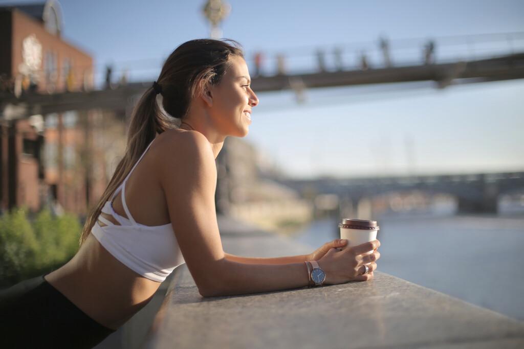 Tomar un café antes de entrenar: ¿puede aumentar la quema de grasas?