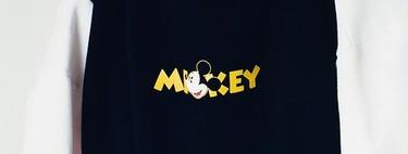 Bershka se rinde al encanto de Mickey Mouse en una colección con piezas unisex para otoño