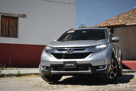 Manejamos el Honda CR-V, el SUV que quiere (volver a) marcar el paso en el segmento