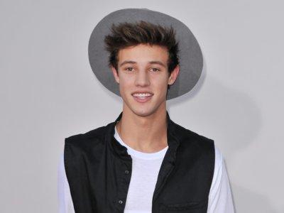Te contamos quién es Cameron Dallas, el  bad boy que ha revolucionado el último desfile de Calvin Klein