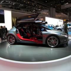 renault-megane-coupe-concept-en-el-salon-de-ginebra