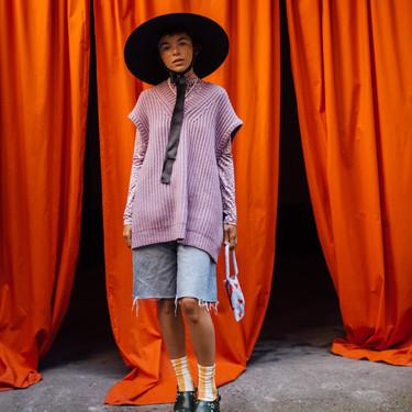 Deseamos que de inicio el otoño para lucir estos chalecos de punto de firmas low-cost inspirados en el street style