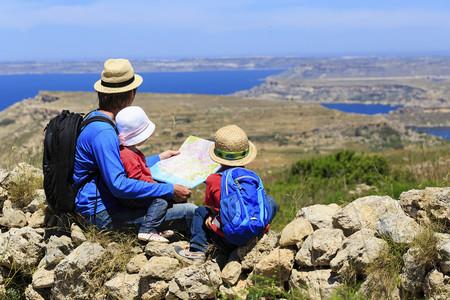 Nos Vamos De Excursión Los Accesorios Imprescindibles Para Un Picnic Al Aire Libre