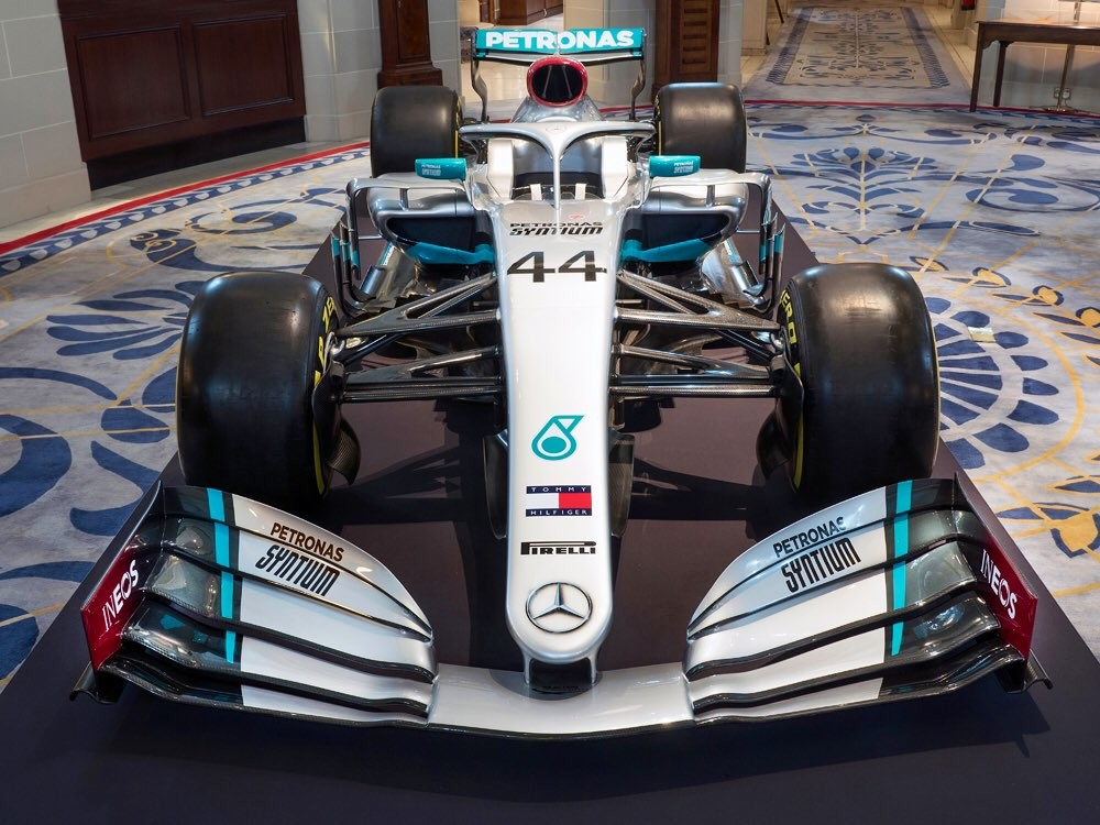 ¡Ya está aquí! Mercedes presenta la decoración de su nuevo coche de Fórmula 1 para la temporada 2020