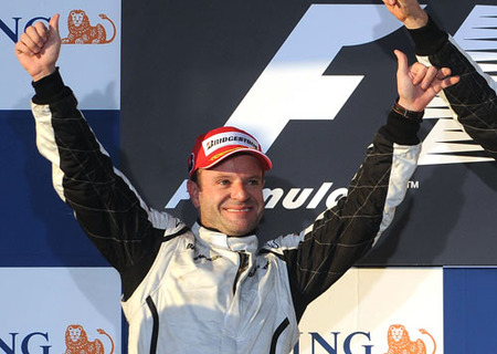Barrichello confía en seguir recortando distancias con Button