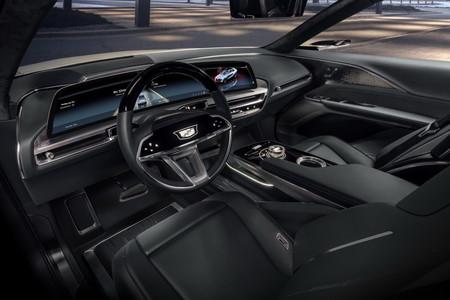 Cadillac Lyriq 9