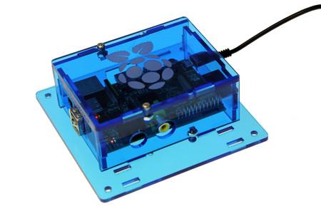 Carcasa con montaje VESA de Solarbotics