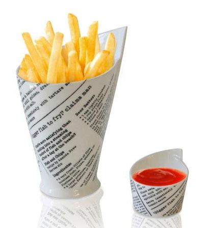 Conos de porcelana con diseño de periódico para tus patatas
