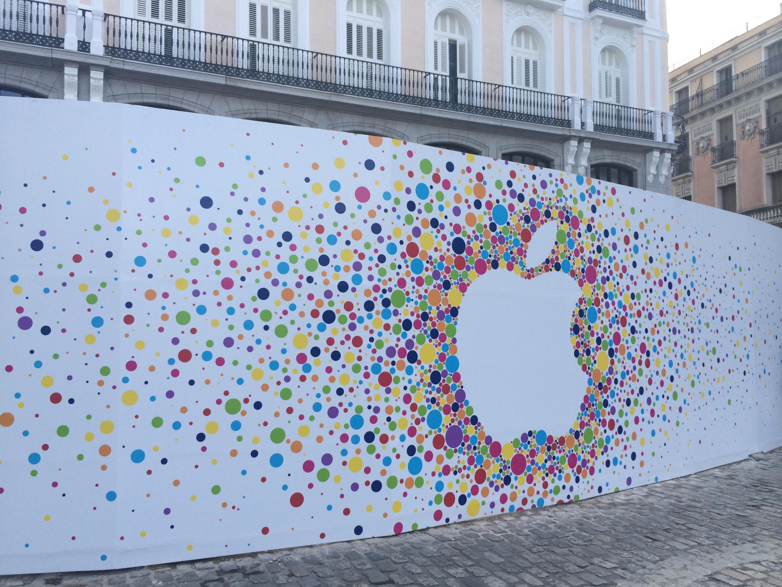Foto de Preparativos Apple Store de Sol (17/18)