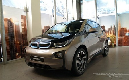 BMW i3 Madrid exterior 03