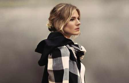The Tale Of Thomas Burberry Campaign Sienna Miller On Embargo Until 1 November 2016 8am Uk Time