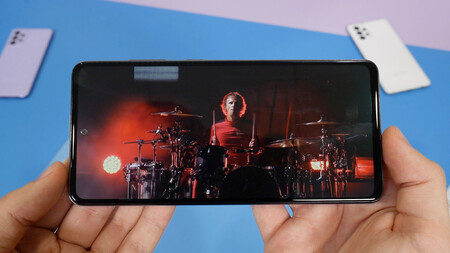 Samsung Galaxy A72 04