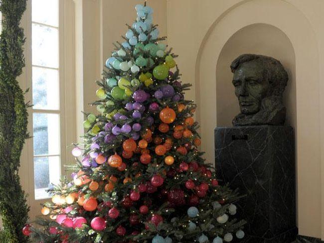 Decoraci n de navidad decorando el rbol qu estilo - Decoracion de arboles navidenos ...