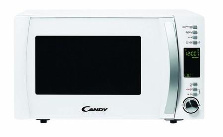 Por 89,99 euros podemos hacernos con el microondas con grill Candy CMXG25DCW en Amazon