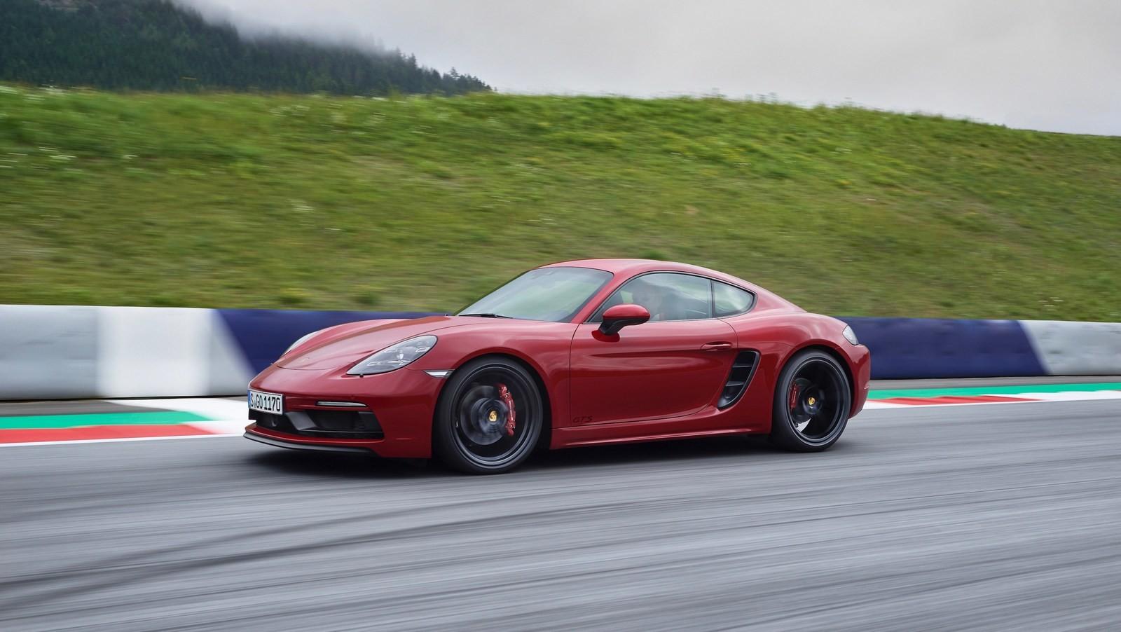 Foto de Porsche 718 GTS (12/16)